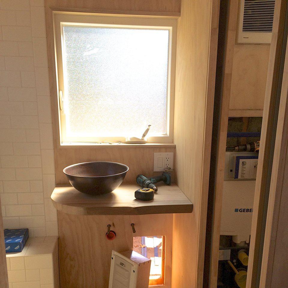 ak-interior-bathfaucet